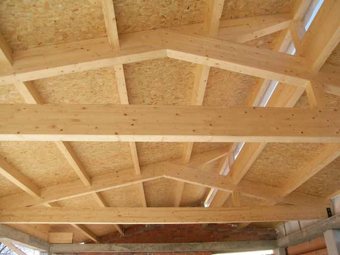 Coberta de fusta en obres